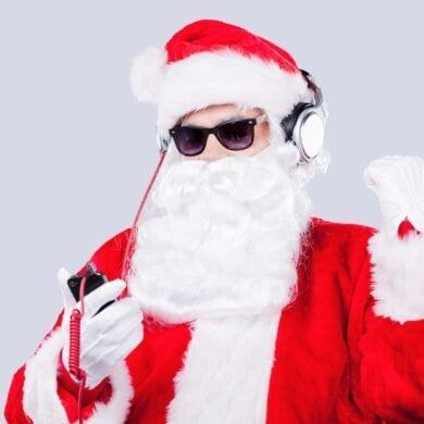 santa music listening 6c