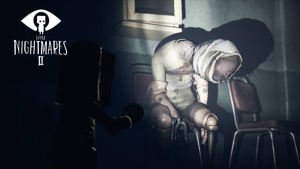 mono from little nightmares holding a flashlight
